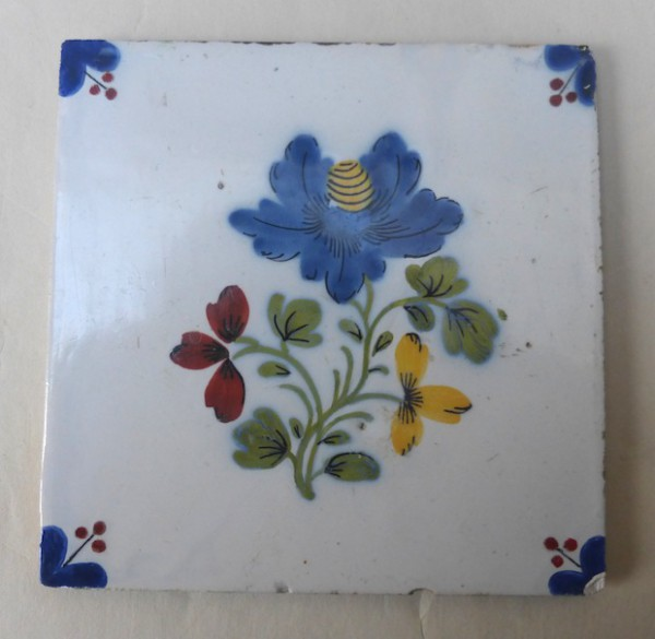 Liverpool polychrome flower tile
